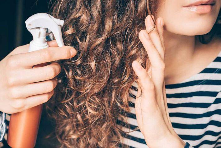 naturalne sposoby rozjaśniania włosów